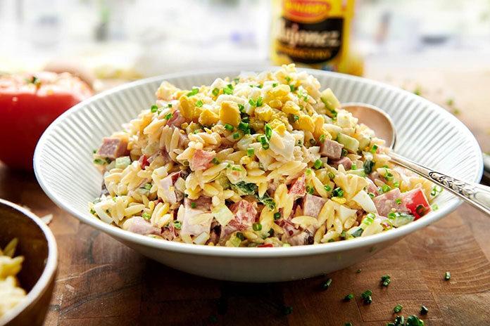 Najlepsze makaronowe sałatki – zobacz przepisy!
